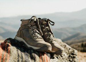 Buy the Best Mountain Hiking Equipment